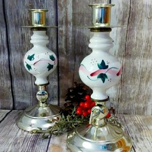 Pair of Adjustable Candle Holders Pink and White